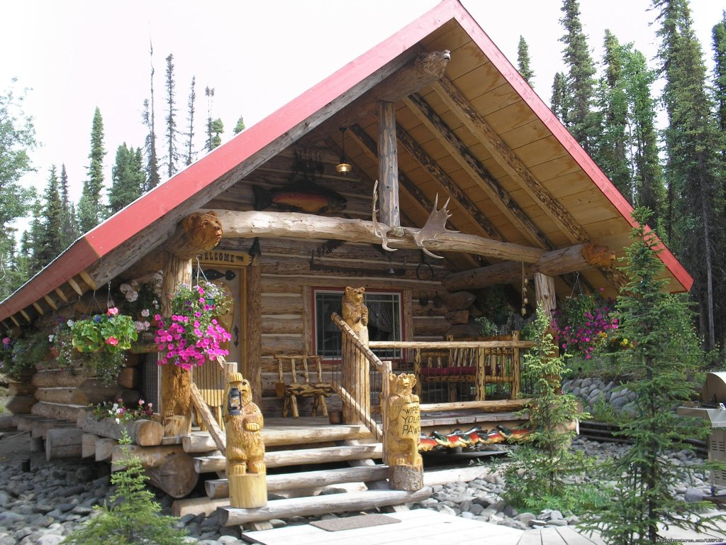 Beautiful handcrafted Alaskan style log cabins. Cabins are cozy and clean. Our guest love to get a good nights sleep while spending the their days on various Alaskan adventures(salmon&halibut fishing,hiking, Fjord tours. Military/veteran discount.