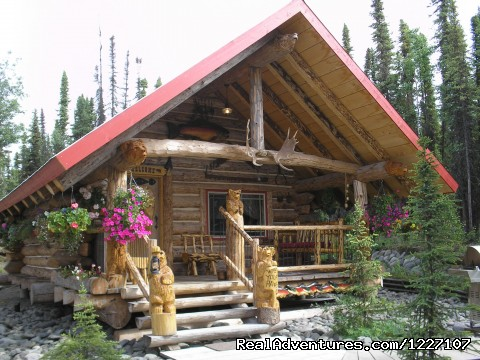 Alaskan Wooden Bear Cabins