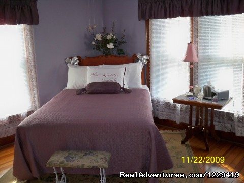 Image #4 of 9 - Garden Gate B&B