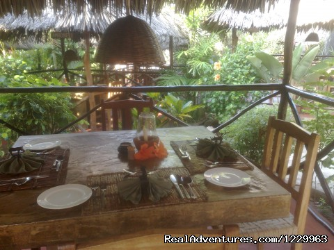Dinning Tembo Restaurant - Unforgetable Days at Watamu Tembo Village Resort