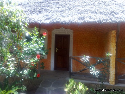 Rooms en suite with Ceilingfan and Balcon - Unforgetable Days at Watamu Tembo Village Resort