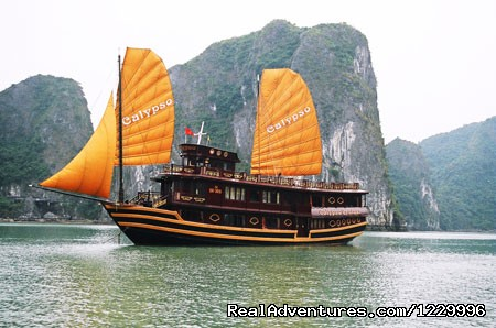 Calypso Cruises - Luxury Calypso Cruiser of Halong bay 115usd person
