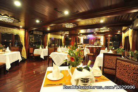 Restaurant - Luxury Calypso Cruiser of Halong bay 115usd person