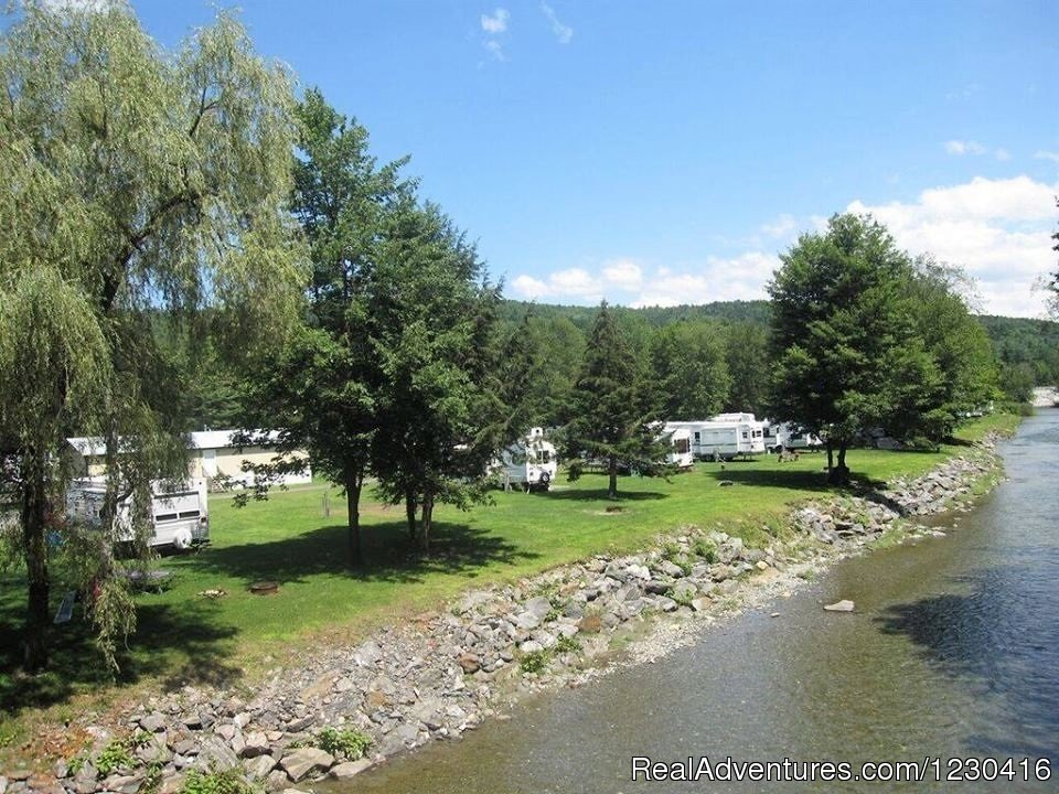 Only minutes off the highway, yet a quiet secluded haven, Abel Mountain Campground is nestled along the third branch of the White River and has 270 acres of trails. One hundred thirty-one spacious, grassy sites are available; 117 full hook-ups and 14