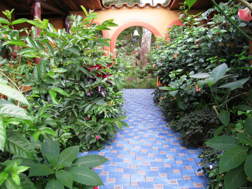 Inner Spanish patio walkway | Image #15/25 | Cabanas en Altos del Maria, Cabins for rent.
