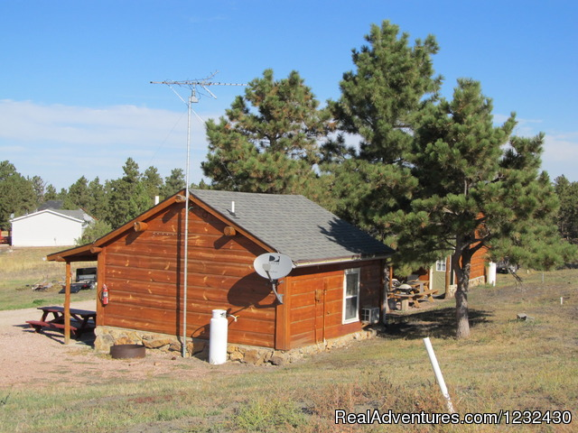 Cabins - Empire Guesthouse and RV Park