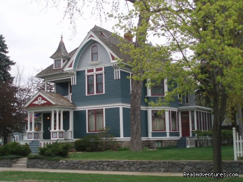 Dreams of Yesteryear Stevens Point, Wisconsin Bed & Breakfasts