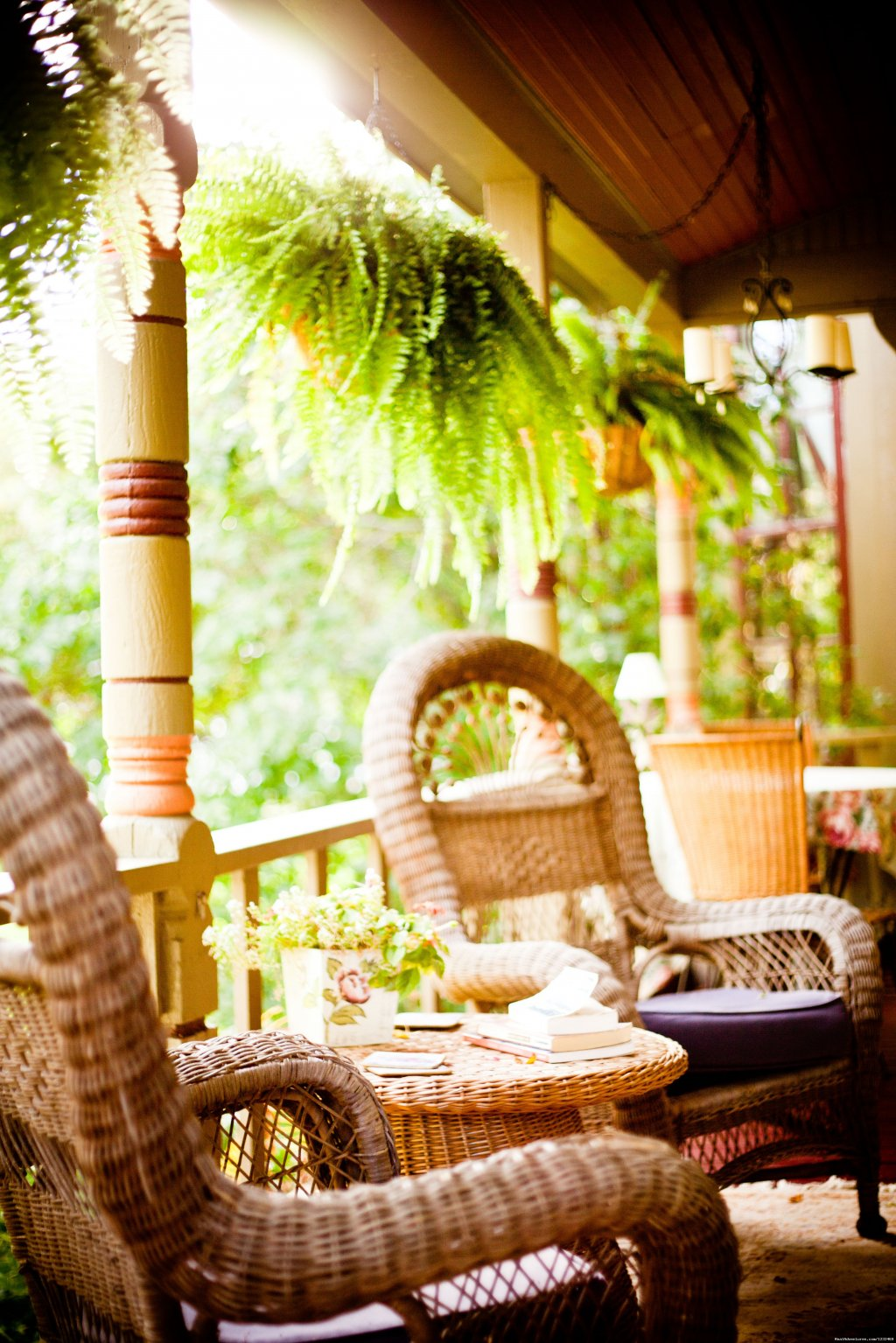 Relax On The Quaint Covered Porch | Image #4/9 | Apple Tree Lane B&B