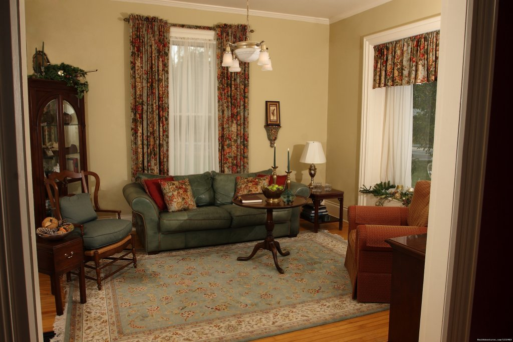 Wine & Cheese Welcome In The Parlor | Image #8/9 | Apple Tree Lane B&B