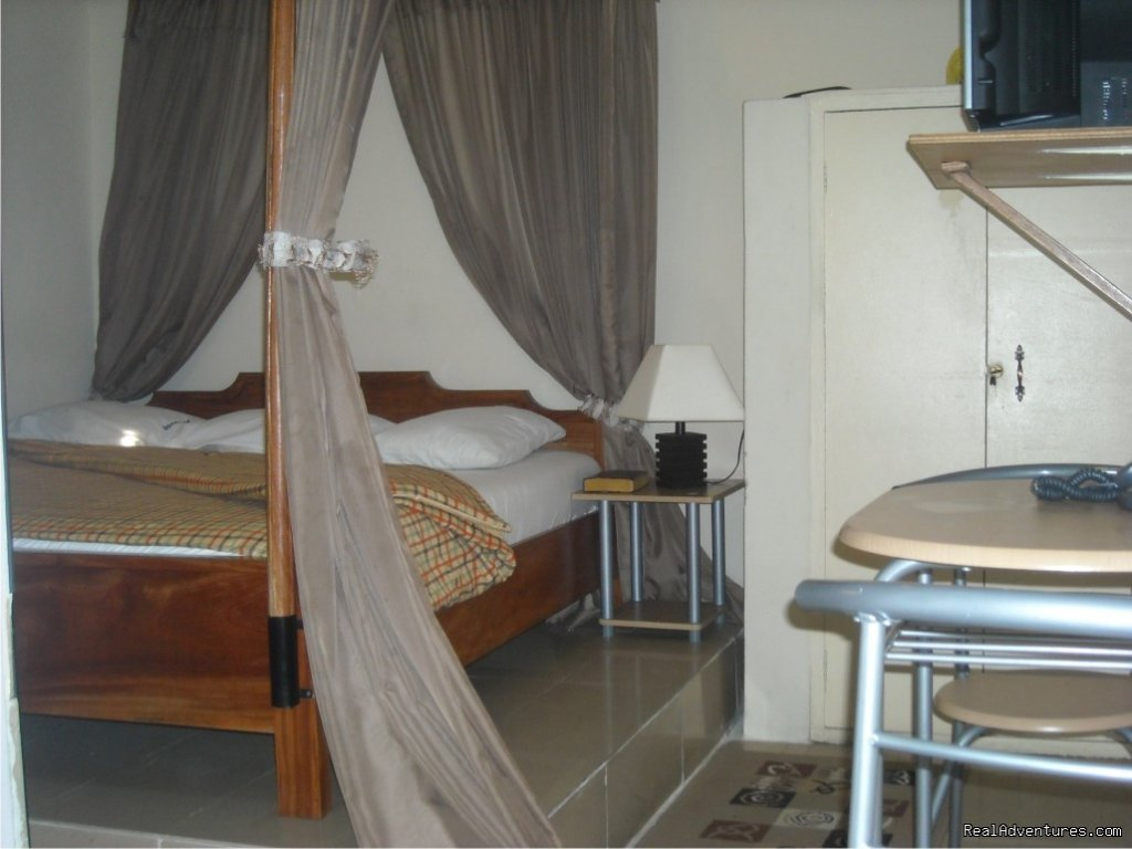 Standard Room | Image #6/6 | Light House Hotel, Lagos, Nigeria
