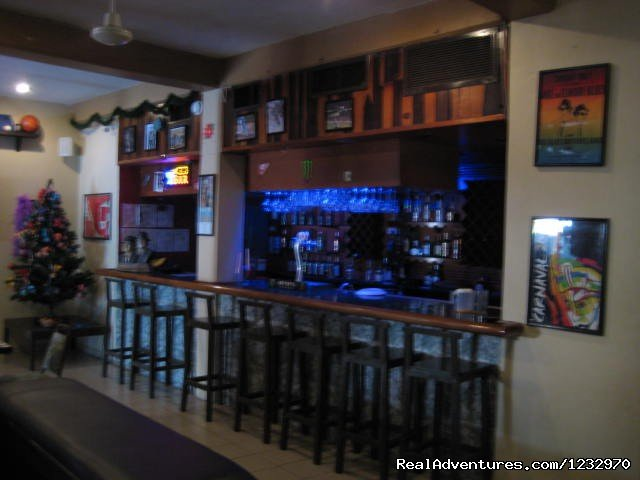 Bar | Image #4/23 | Backpackers Hostelling Center & Champ's Sports Bar