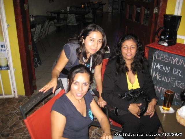 Trs Bonita Chicas | Image #15/23 | Backpackers Hostelling Center & Champ's Sports Bar