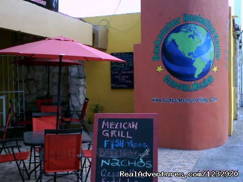 Calle Margaritas - Backpackers Hostelling Center & Champ's Sports Bar
