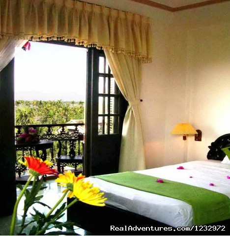 Deluxe Double Room - Golden Wings II Hotel- pretty city hotel in Hanoi