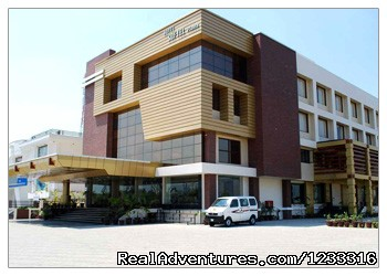 Hotels in Dehradun - Hotel Softel Plaza