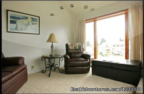Living Room (#3 of 10) - Vacation Rental in Beautiful Haines Alaska