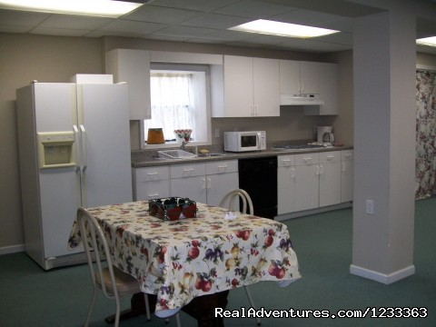 Hostel kitchen area - Inexpensive Lodging - Pets Allowed