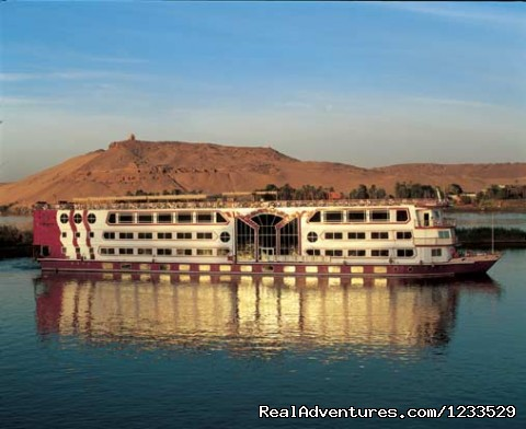 Nile Cruise Egypt - Excursion  to cairo form alexandria or portsaid.