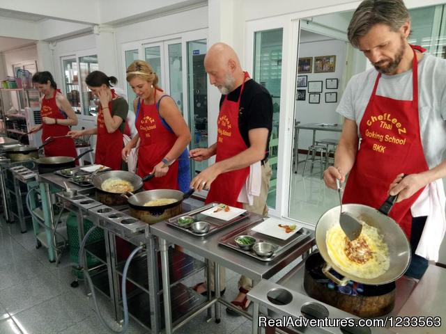 - Thai Cooking Class Bangkok | Chef LeeZ