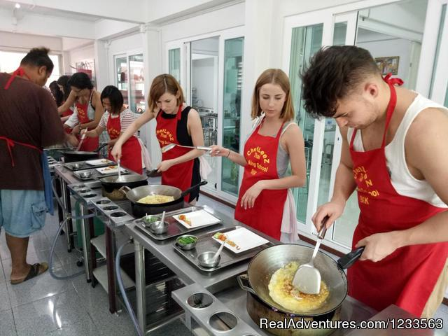 Thai Cooking Class Bangkok | Chef LeeZ