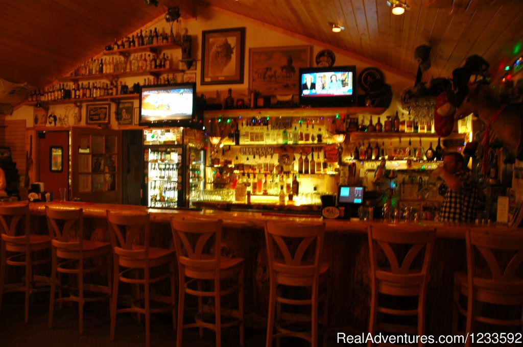 A Full Service Bar & Package Store | Image #7/13 | Your Yellowstone Park @ Lava Mountain Lodge