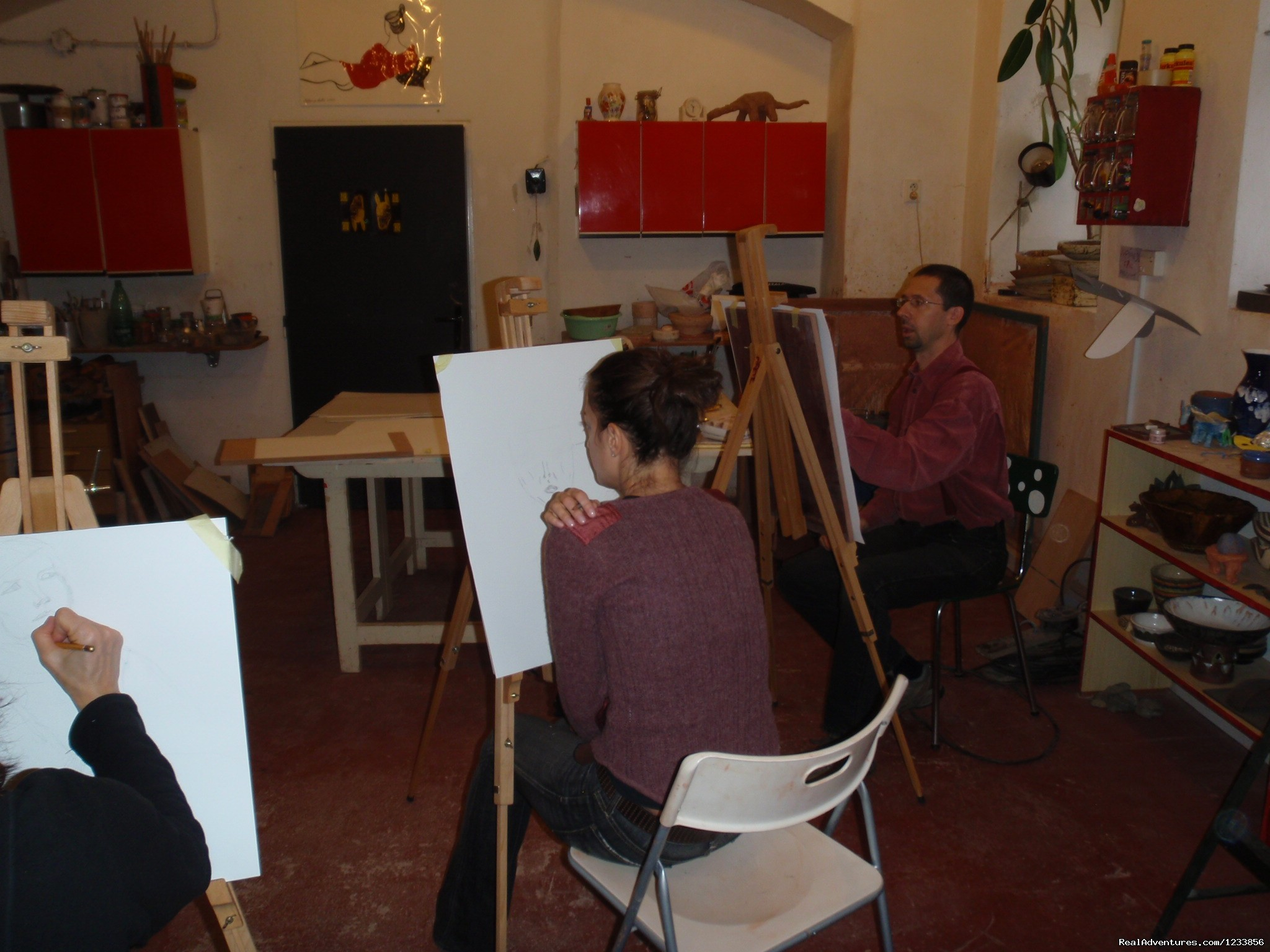 Life drawing at the atelier | Image #6/24 | artbreak(TM) Arts Immersion Vacations