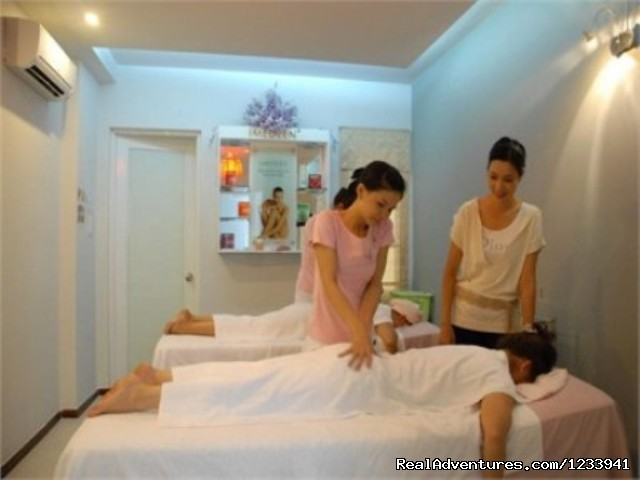 Massage Services - Luxury Hotel