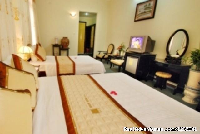 - Luxury Hotel