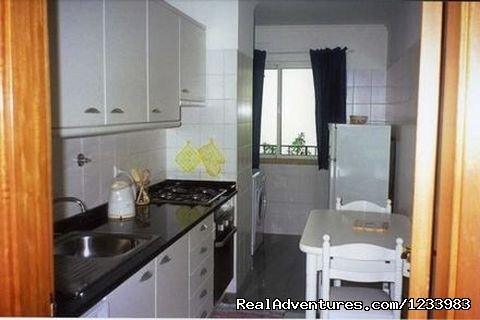 Kitchen | Image #3/6 | Rent of a seaside lovely holiday flat in Madeira