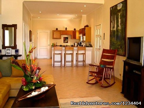 Walk to Beach Top Floor Condo Vacation Rental: