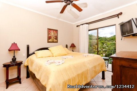 Guest Bedroom in Sunrise Tamarindo condo - Great Ocean Views - Condo in Tamarindo Beach Resor