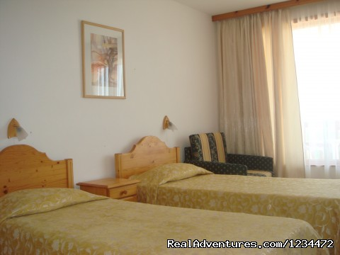 Image #2 of 3 - Hotel Margarita