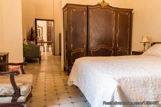 Image #4 of 6 - Cuba Luxury Villa Rental