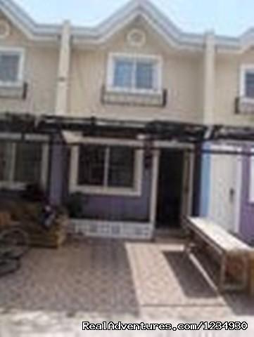 2 Bedroom Townhouse In Pampanga: