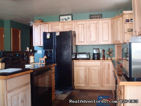 Upgaded and fully equipped kitchen - Pikes Peak Retreat In Pikes National Forest