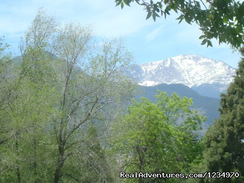 Pikes Peak Cottage By Garden Of The Gods: Mnt View: Great View of Pikes Peak from the front porch