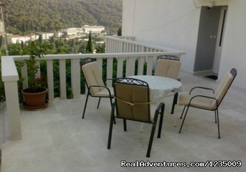 - Apartments Lucija Dubrovnik
