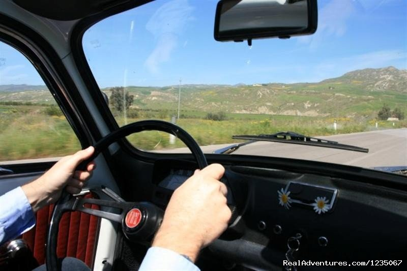 500 Vintage Tour - Driving a Fiat 500   | Image #2/14 | Classic Car Tour in Sicily