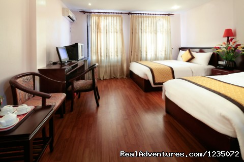 Hanoi Phoenix Hotel:The best budget Hotel in Hanoi: Deluxe Family room