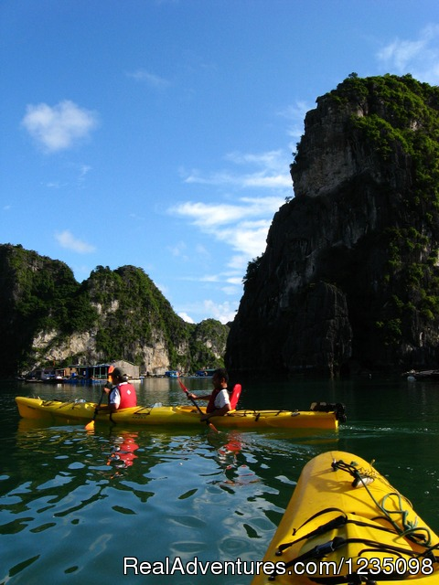 Real Kayaking Halong Bay 3 days