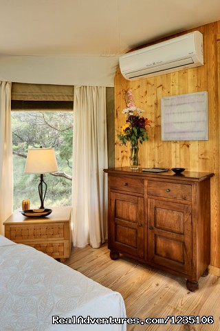 State-of-the-art Air Conditioning and Heating system. - Fall in love all over again...Glamping at Sinya
