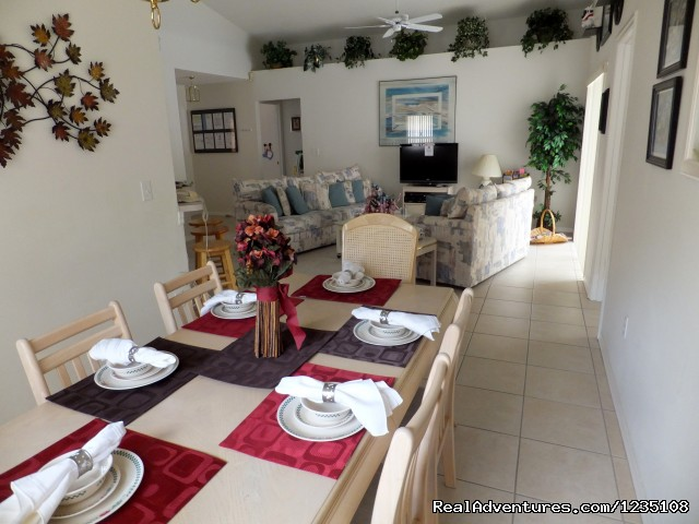 Elegant Dining Area - Florida Villa In Kissimmee 3Bed Windward Cay