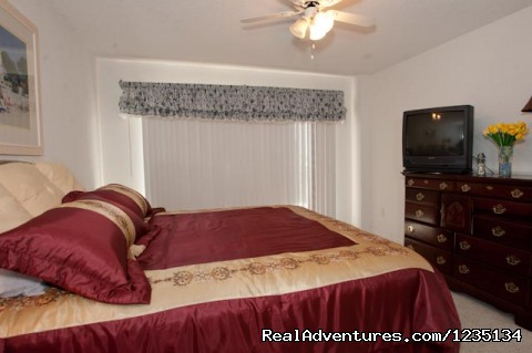 King Size Bed. - Dream Vacation Ocean Side Condo, Daytona Beach