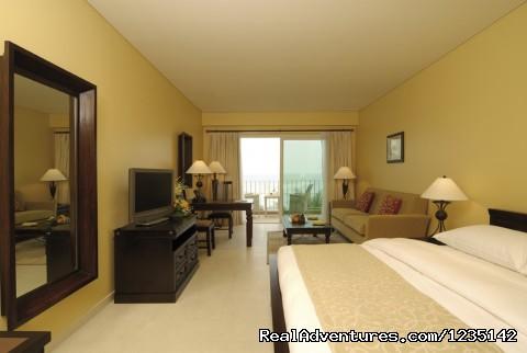 Deluxe Room - MÖvenpick Al Bidaa offers the best rates in Kuwai