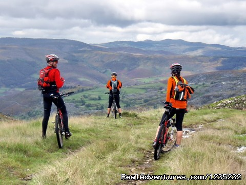 Image #17 of 25 - PortugalBike: Granitic Villages on the Mountains