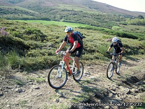 Image #21 of 25 - PortugalBike: Granitic Villages on the Mountains