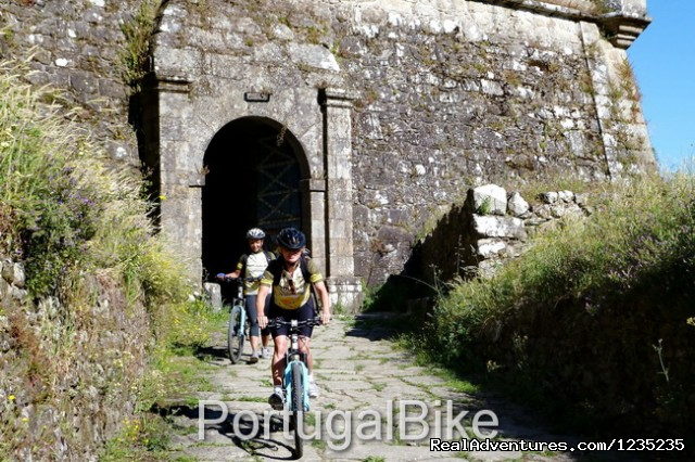 Image #20 of 26 - Camino de Santiago - The Way of St James