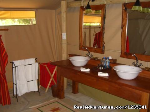 - Masai Mara Luxury Safari