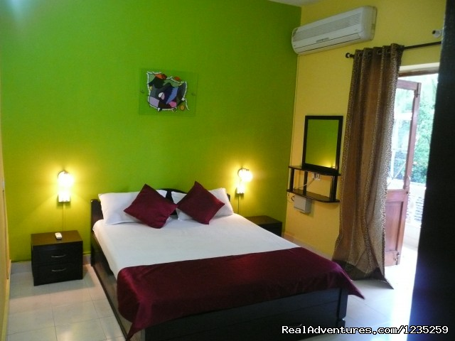 Your Bright bedroom - Fun Holidays Goa- AC 1 BHKs in a Resort, Calangute