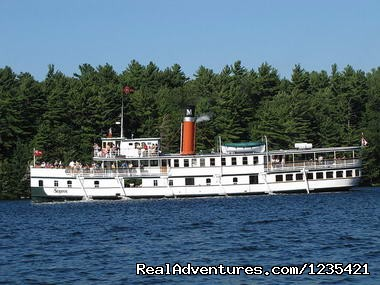 Image #2 of 5 - Muskoka Cottage